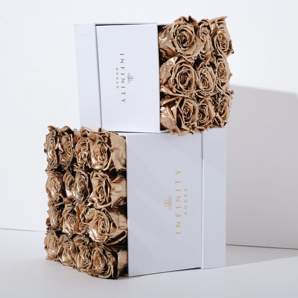 Infinity Roses Gold Roses